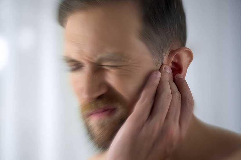 Tinnitus ist ein Symptom, das das Hörsystem beeinträchtigt