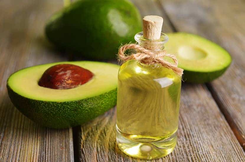 Avocadoöl ist reich an Vitaminen und Mineralien